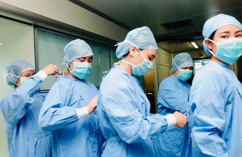 周杰伦和高以翔身处肺炎疫情一线 武汉医生的这条朋友圈刷屏