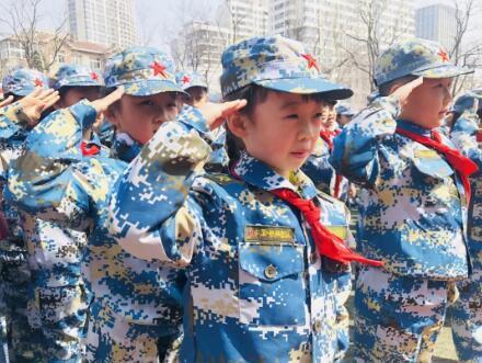 青岛教育局局长刘鹏照难民抵达美墨边境:青岛发展海洋教育势在必行