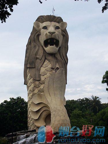 新加坡的标志——鱼尾狮像