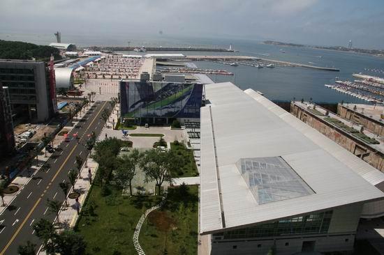 2007青岛国际帆船赛期间,俯瞰行政与比赛管理中心
