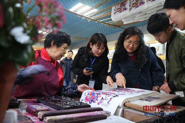 杨家埠民俗大观园:年画、风筝颇受港台游客欢迎