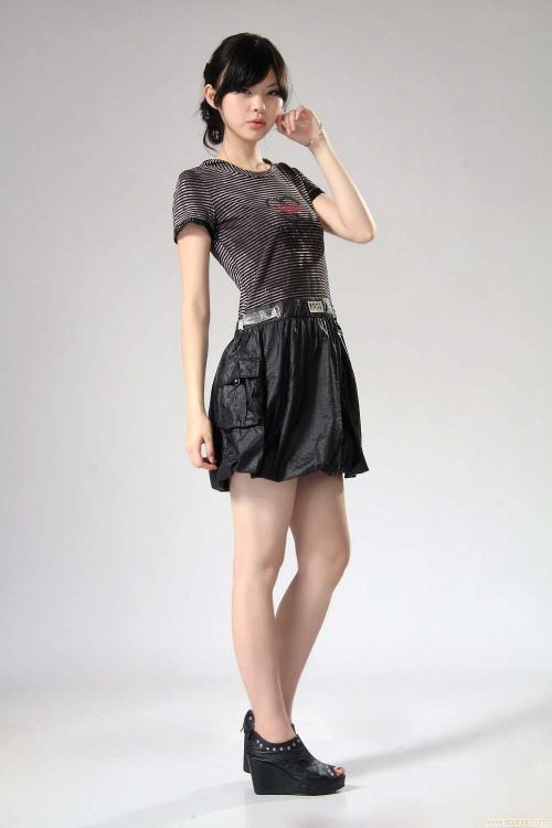 上海百袖女装连锁加盟店 女装时尚潮流的圣地