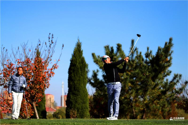 """体验绿野风光享受快意人生 岛城高尔夫决出新科""""球王"""""""