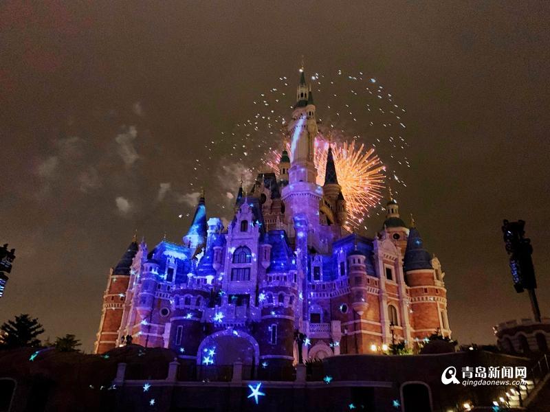 【网络中国节·春节】焰火绽放 藏在童话里的别样新年