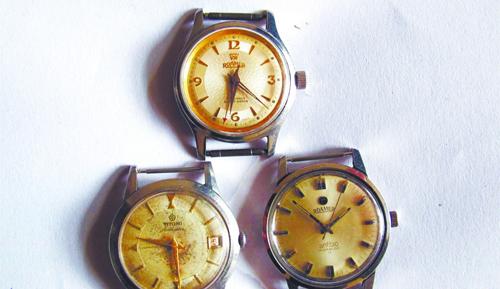 """上世纪60年代的老瑞士""""罗马"""",""""梅花""""手表.图片"""