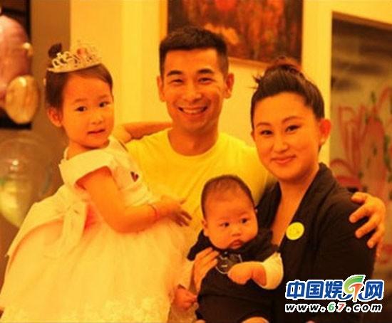 赵文卓女儿几岁了_