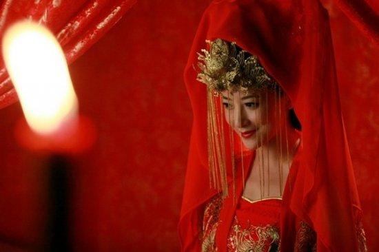 手绘古装美女背影红衣