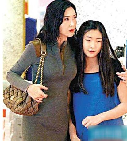 叶玉卿13岁女儿胡芷欣-大龄女星重返娱圈 藤原纪香拍性感写真 吴绮莉