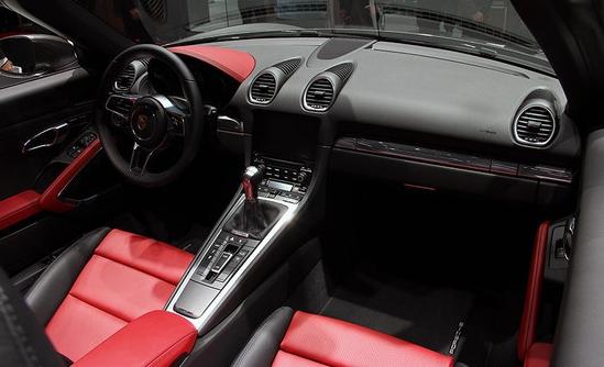 保时捷全新中置四缸发动机跑车718 boxster青岛上市