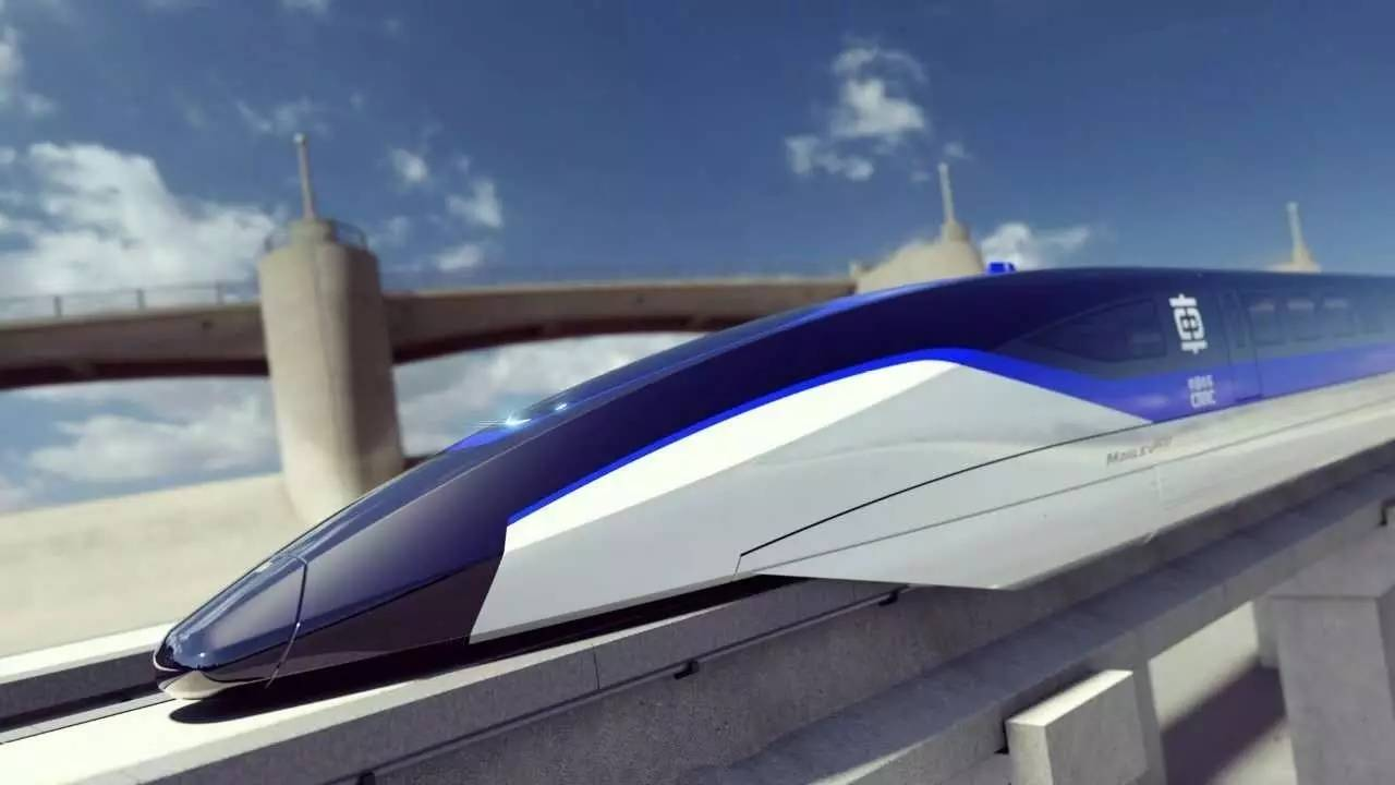 http://www.qingdaonews.com/images/attachement/jpg/site1/20161025/0026c77e6d1a197963212b.jpg /enpproperty--> 10月21日,中车青岛四方机车车辆股份有限公司宣布,将启动时速600公里高速磁浮项目。时速600公里是什么概念,飞机时速的三分之二!4分多钟跑完一场马拉松!连央视都忍不住点赞了! 时速600公里!飞机时速的2/3
