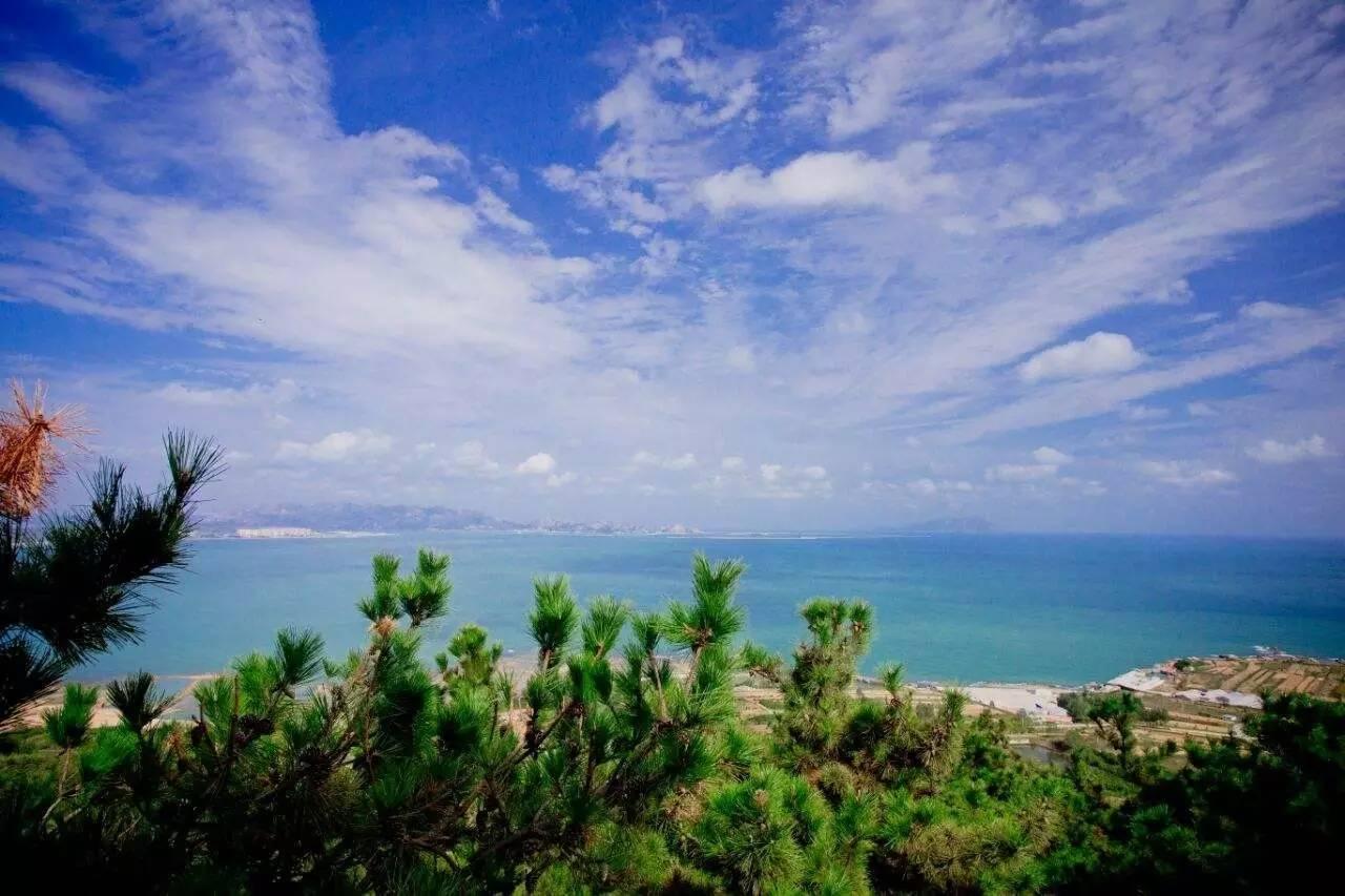 琅琊台风景名胜区的景观包括琅琊台及琅琊台下的龙湾,环台沿海风景带