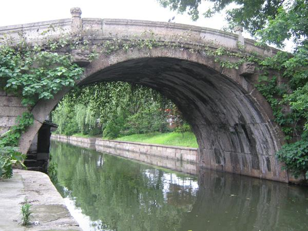 并列砌筑半圆拱桥——晋代光相桥-跨越千年的越州石桥