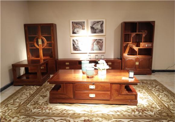 新中式家具成市场宠儿 一统国际家居掀抢购热潮